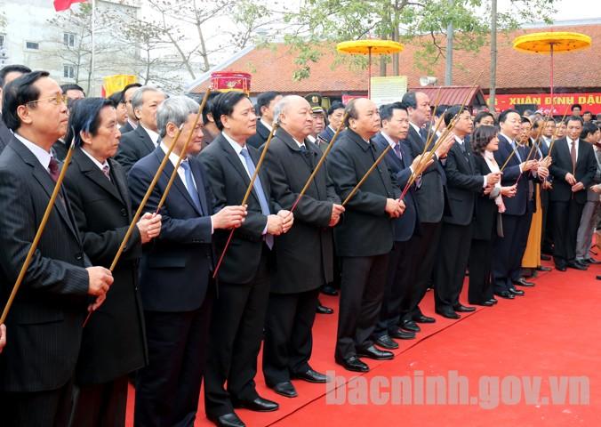 Một số hình ảnh của Thủ tướng Nguyễn Xuân Phúc về thăm và làm việc tại Bắc Ninh
